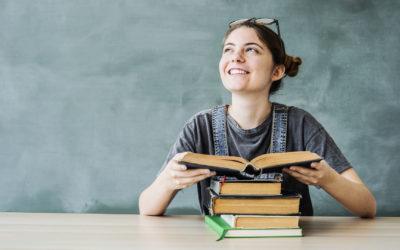 Ważniejsze lektury czy gramatyka? Na co postawić, szykując się do egzaminu ósmoklasisty z polskiego?